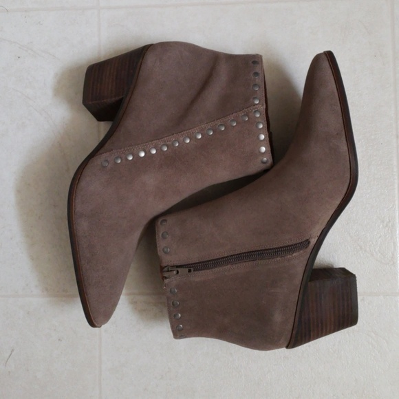 fa8864609fb Lucky Brand Shoes -  REDUCED  Lucky Brand Linnea Boots